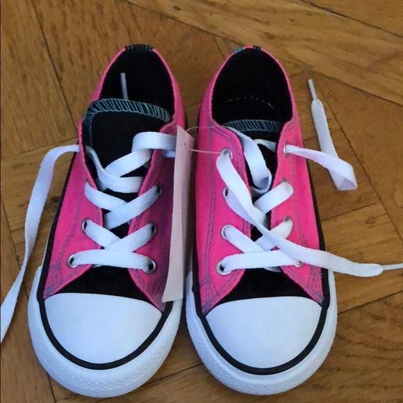 06717ec3cc19 Converse All Star Pink Toddler Girls Size 9